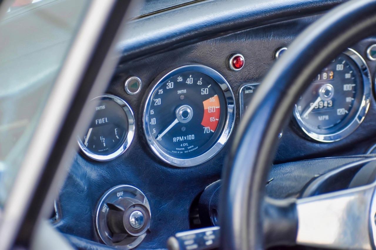 '74 MG MGB GT V8 - Dévergondée ! 16