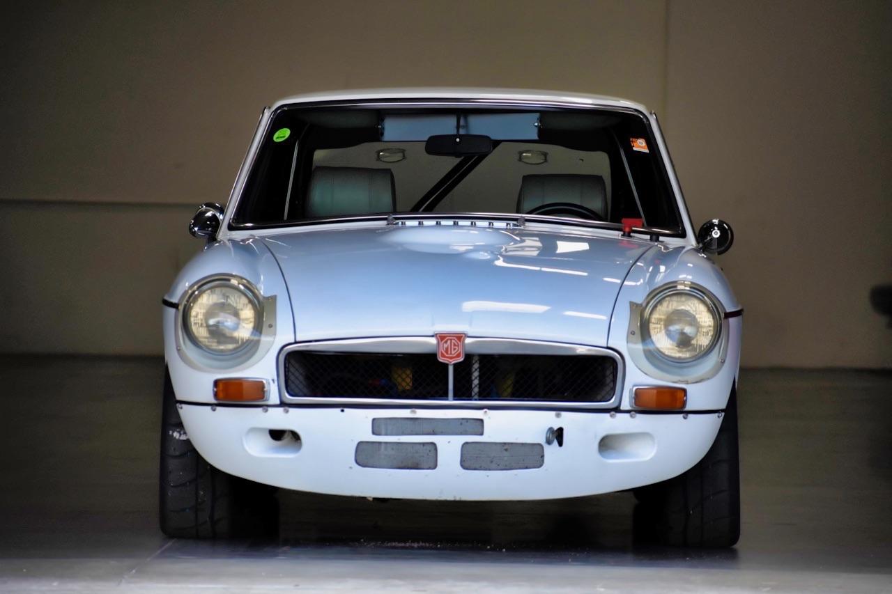 '74 MG MGB GT V8 - Dévergondée ! 3