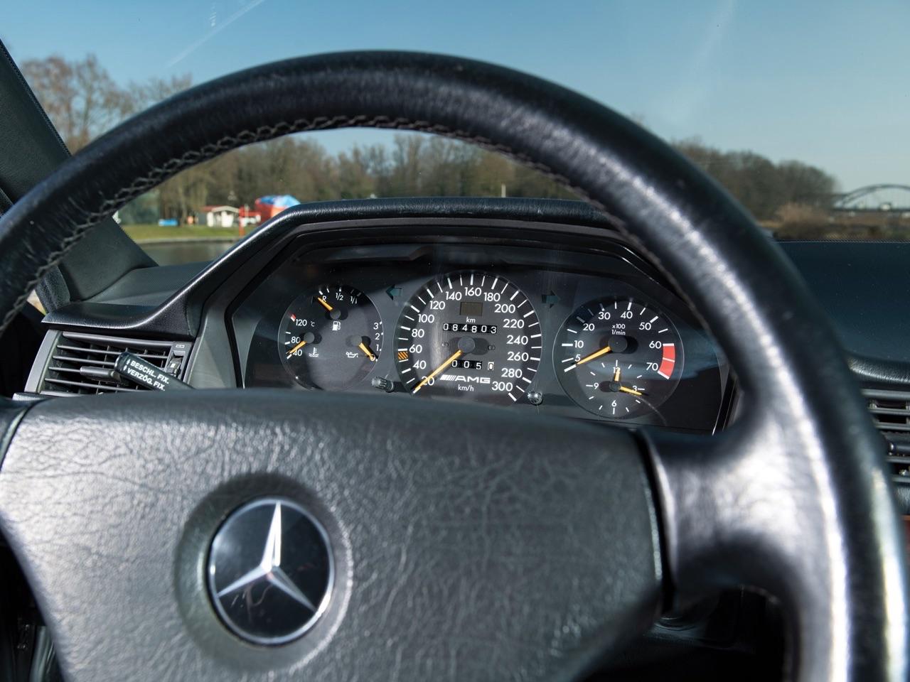 Mercedes 500E AMG 6.0... Autobahn queen ! 30