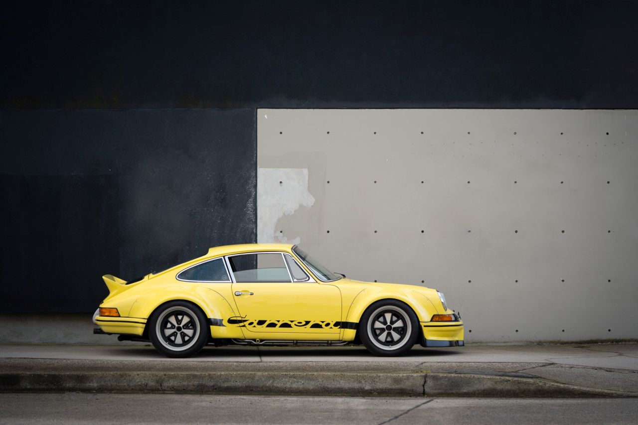 Porsche 911 Carrera 3.2 by RWB - Backdating extra large ! 15