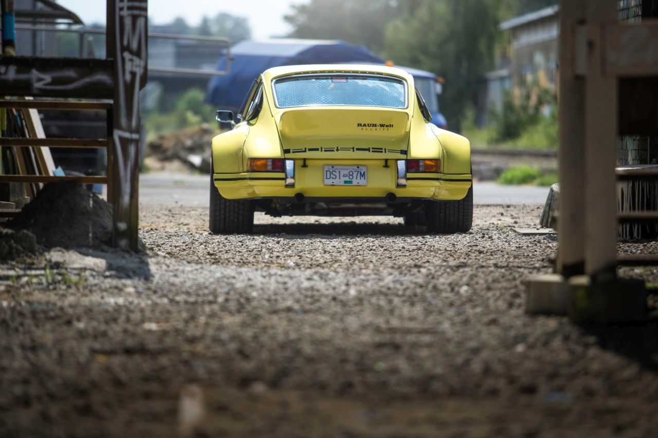 Porsche 911 Carrera 3.2 by RWB - Backdating extra large ! 32