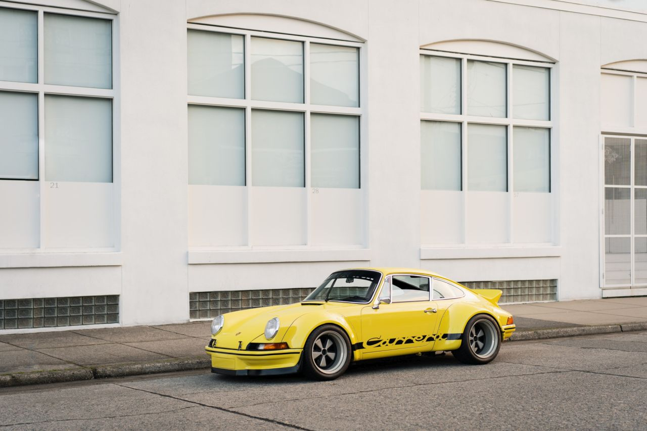 Porsche 911 Carrera 3.2 by RWB - Backdating extra large ! 1