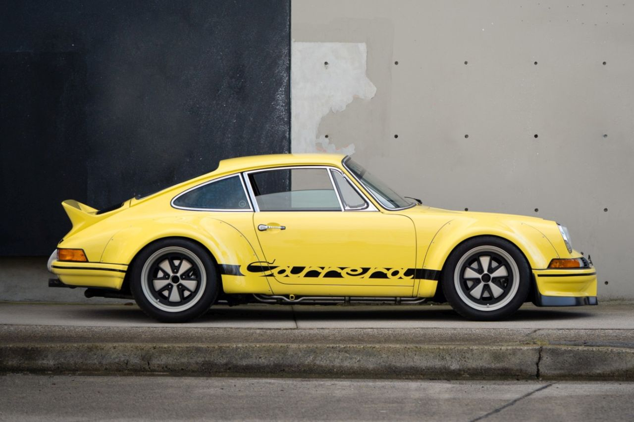 Porsche 911 Carrera 3.2 by RWB - Backdating extra large ! 2