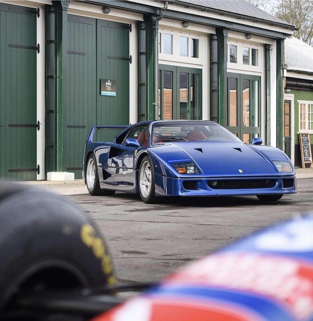Ferrari F40 - Nel blu dipinto di blu... 6