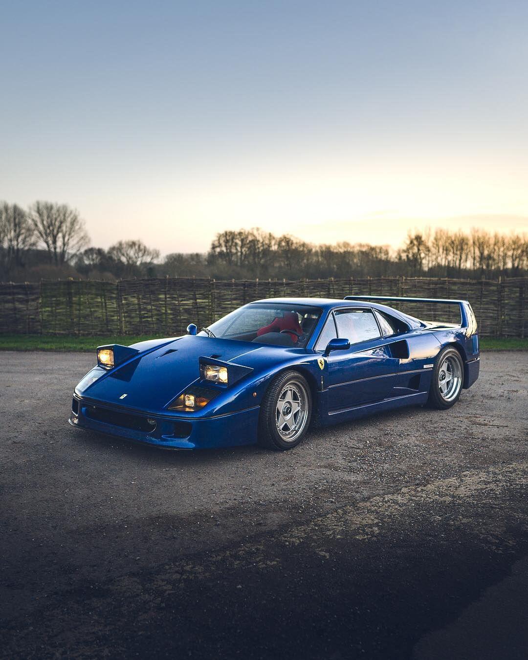 Ferrari F40 - Nel blu dipinto di blu... 2