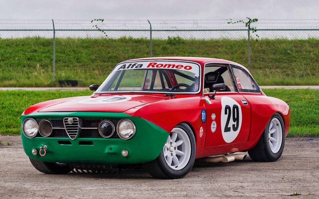 Alfa Romeo 2000 GTAm – En rouge et vert !