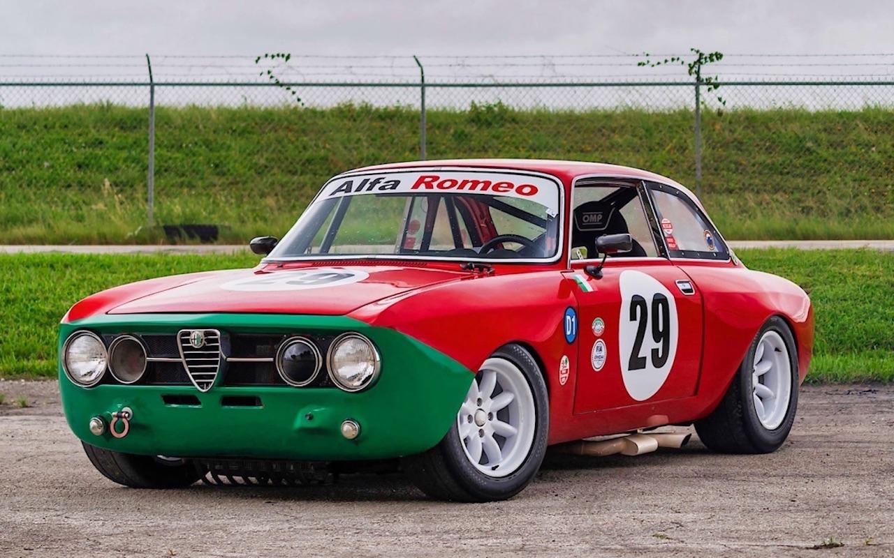 Alfa Romeo 2000 GTAm - En rouge et vert ! 10