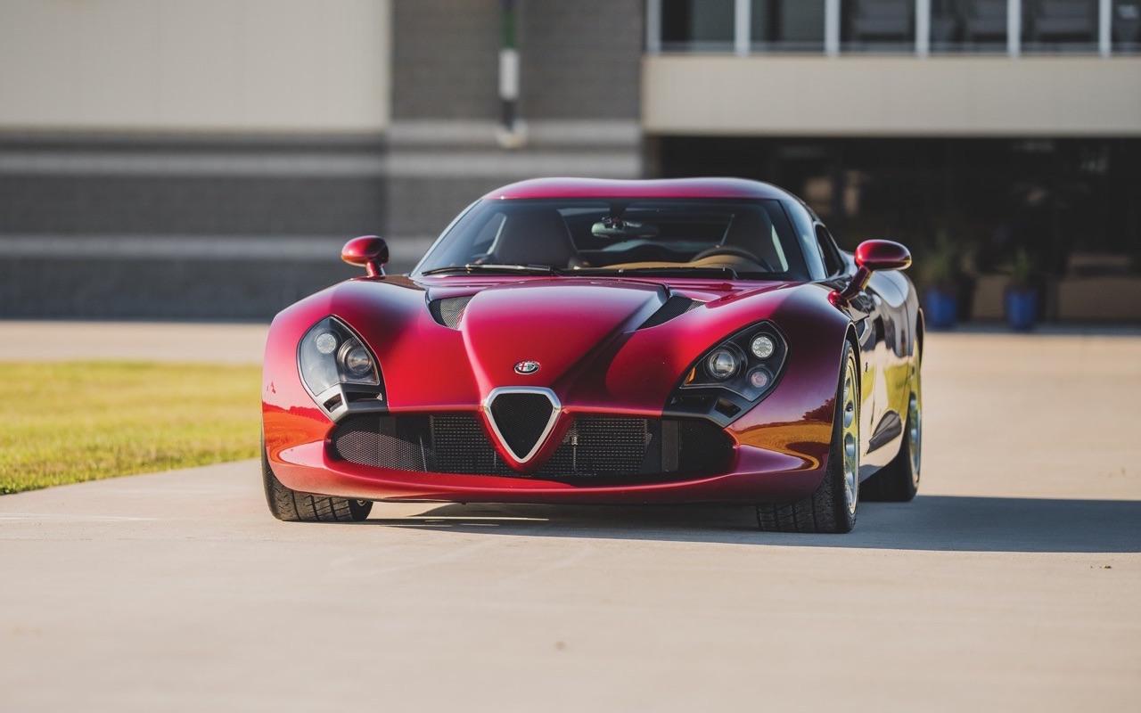 Alfa Romeo TZ3 Zagato - Corsa ou Stradale ? 10