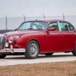 Restomod Jaguar Mk2 3.8... enfin, plutôt Beacham V8 Supercharged !
