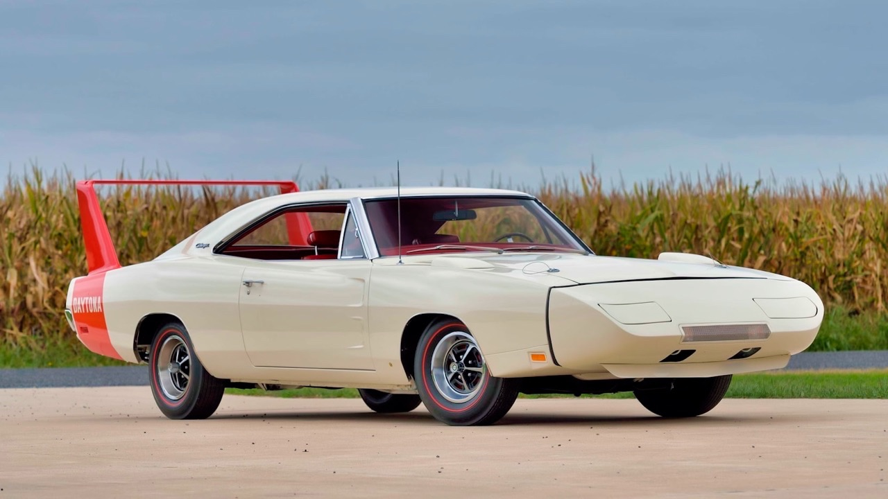 '69 Dodge Charger Daytona... Simplement Deeeuuuuuuux ! 14