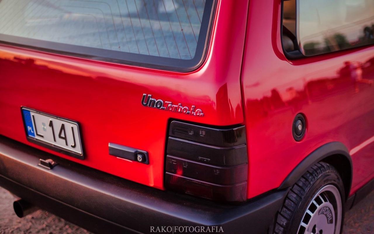 Fiat Uno... HF Turbo ie ! Vous voulez de l'huile piquante sur votre pizza ? 4