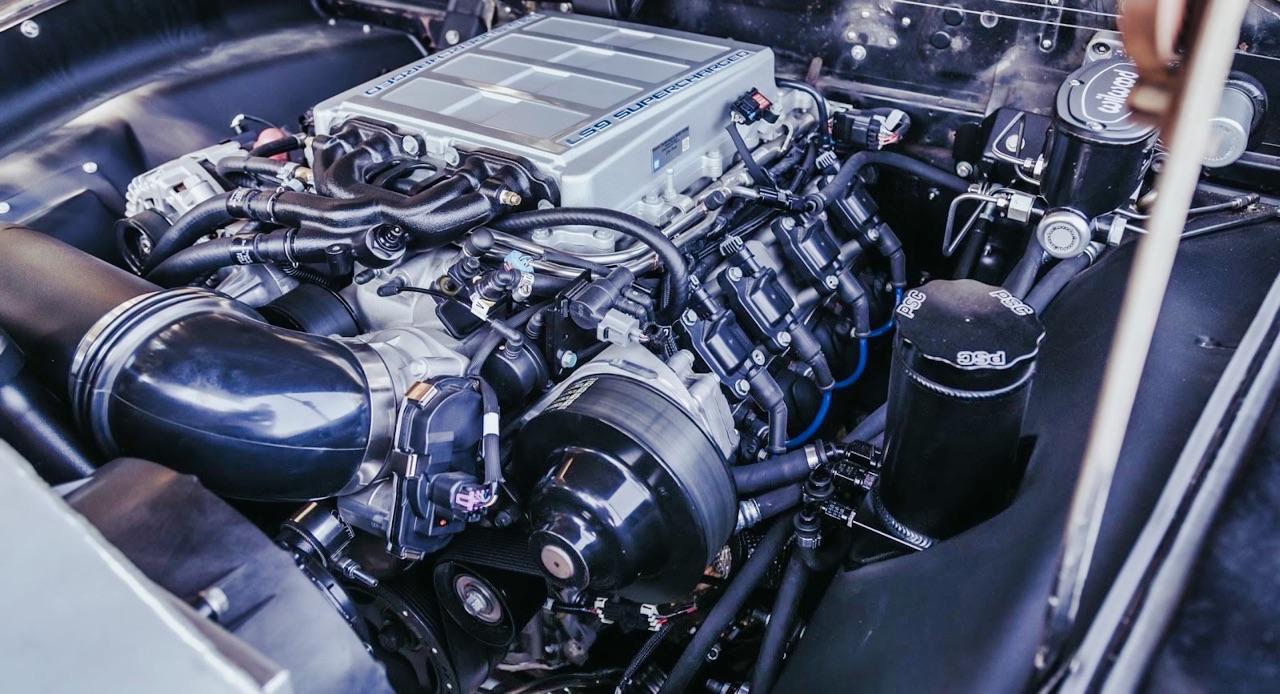 '49 Hudson Commodore coupé... Un sorti de grange de 647 ch signé Icon ! 8