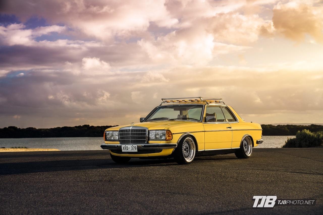 Slammed Mercedes C123... Le coupé qui traverse le temps ! 13