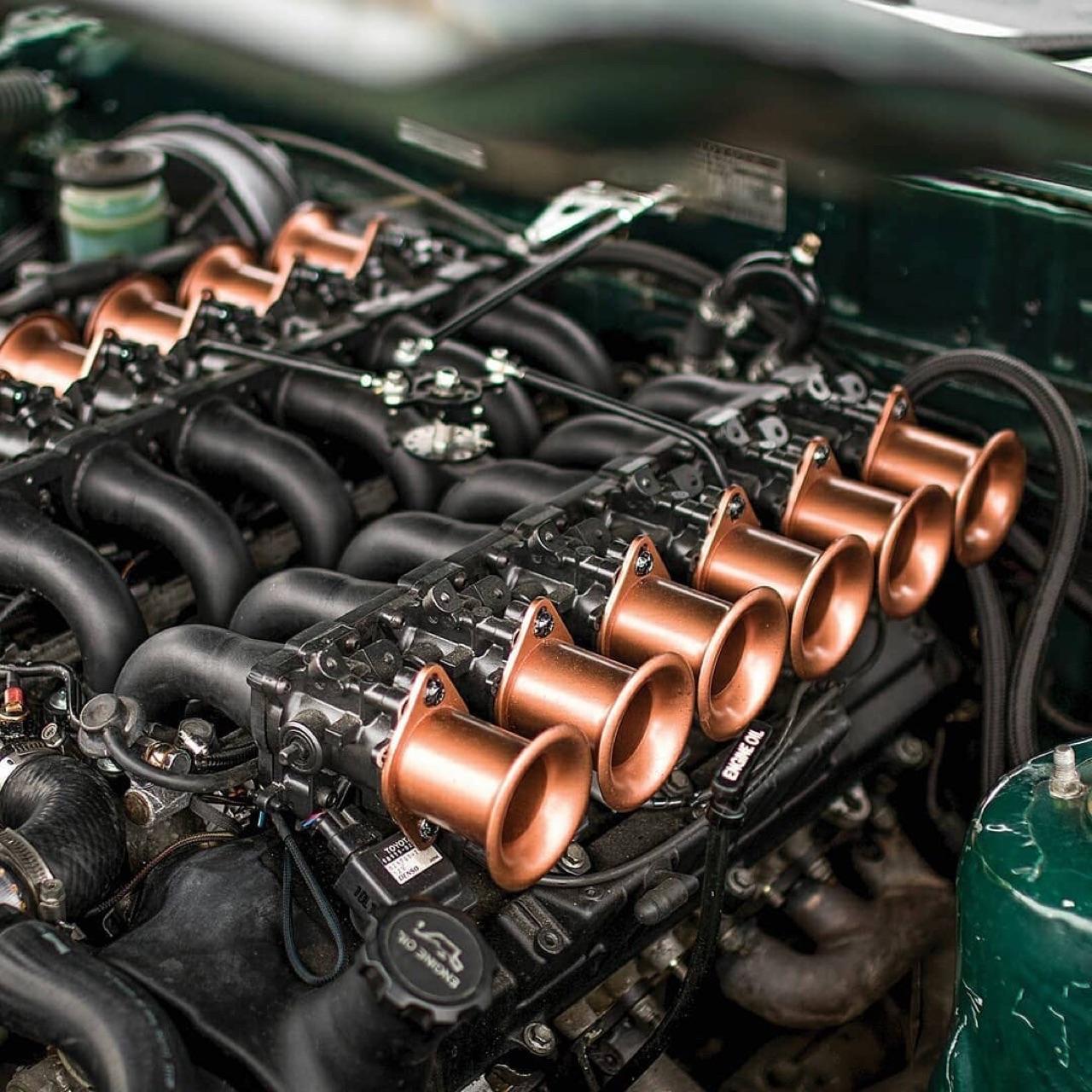 '79 Toyota Corona Mark II V12... Go kiwi go ! 11