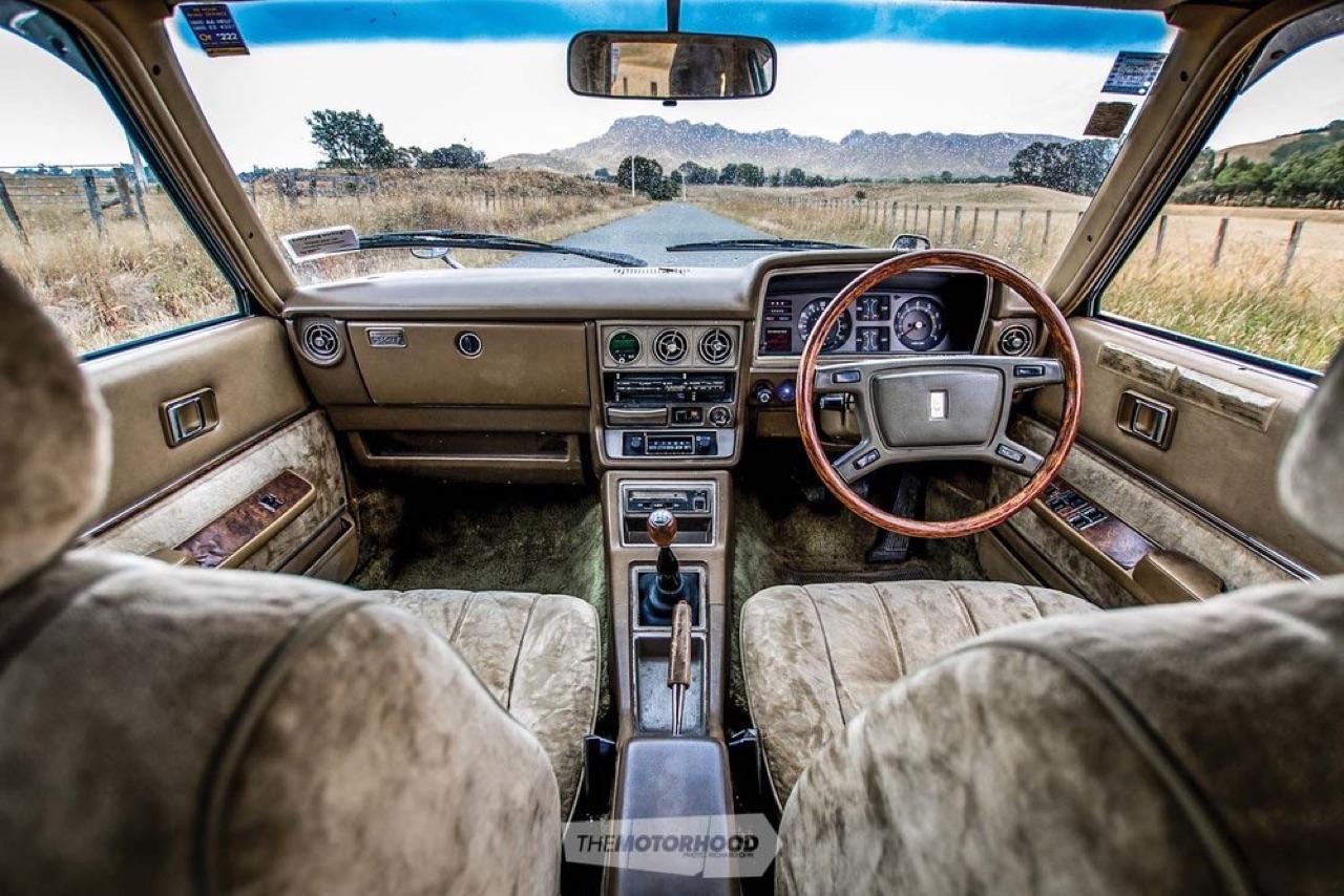 '79 Toyota Corona Mark II V12... Go kiwi go ! 8