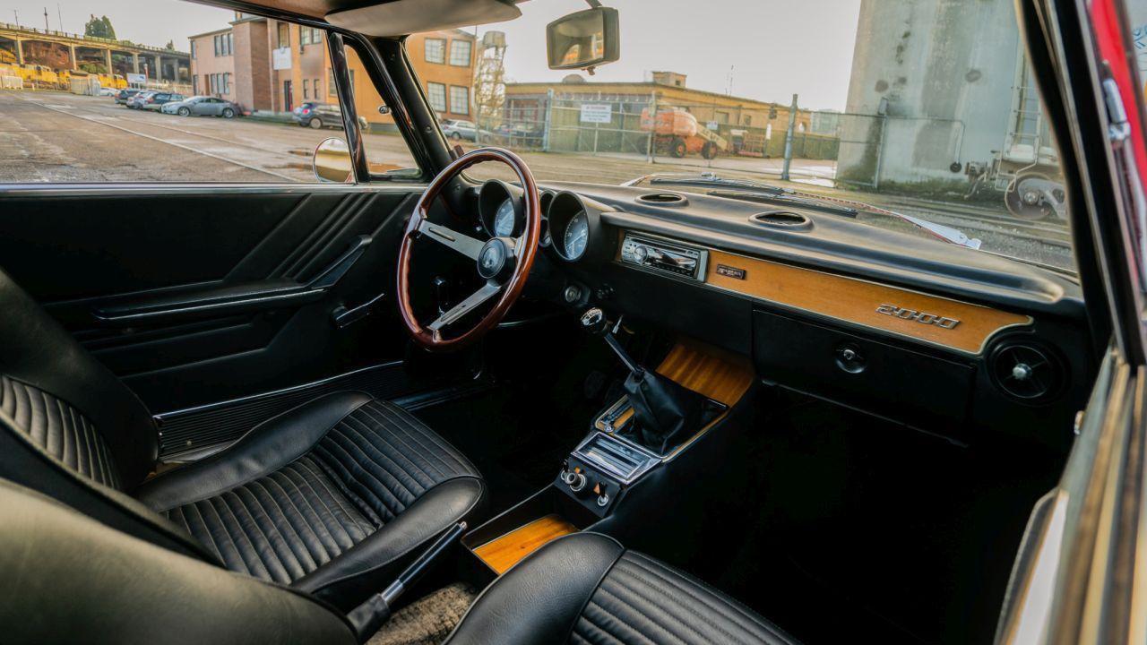 Alfa Romeo GT 2000 Veloce - Rêve à 4 pattes 23