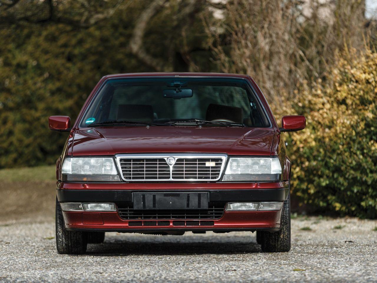 Lancia Thema 8.32 de 1991 - Costard, champagne... Et frustration ! 28