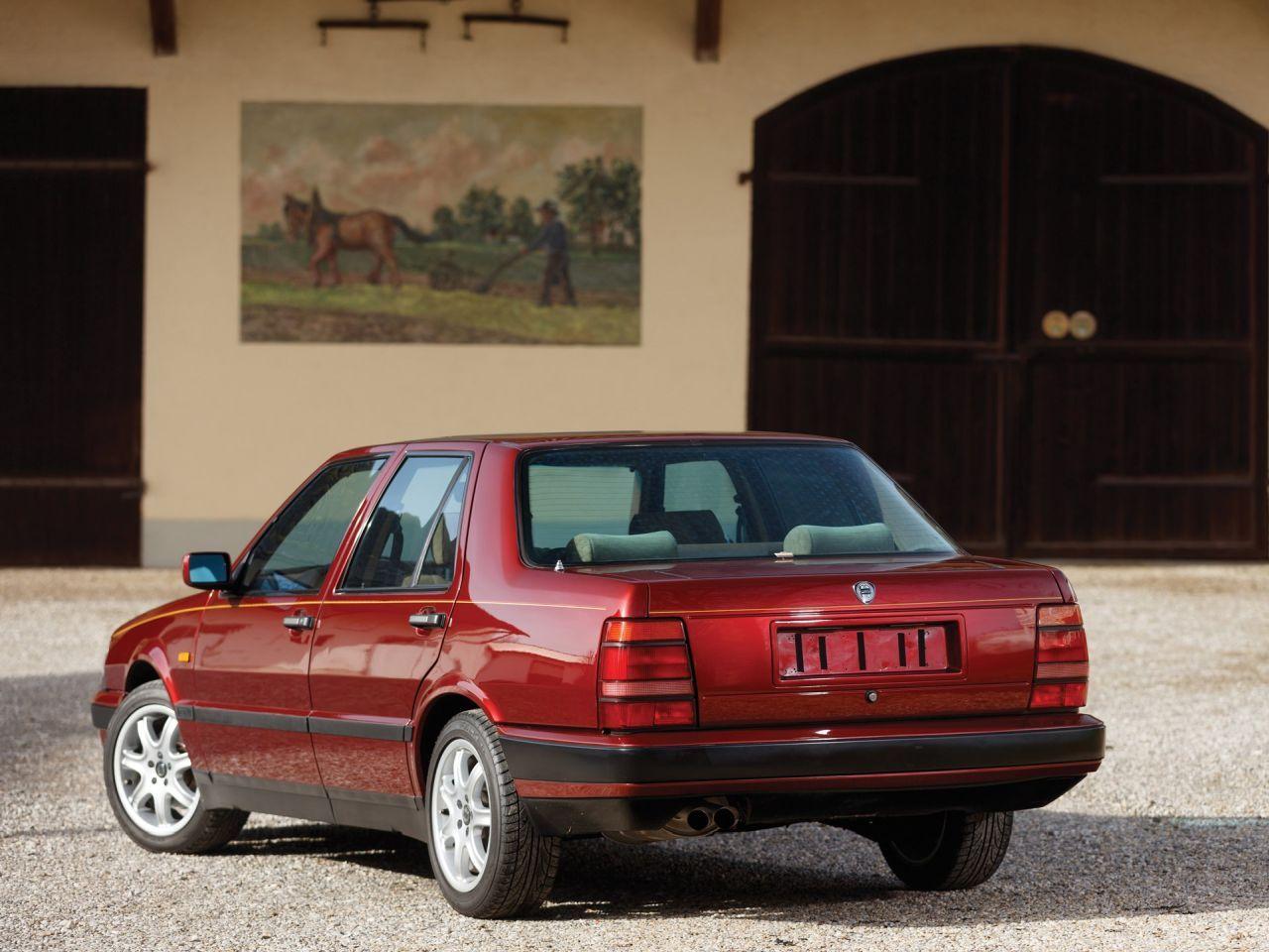 Lancia Thema 8.32 de 1991 - Costard, champagne... Et frustration ! 25