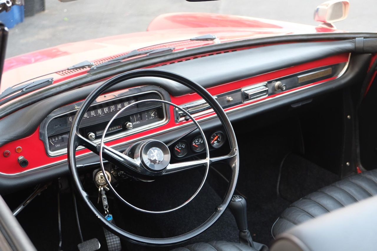 Peugeot 404 Cabriolet 1964 en M10 - Peugeot 2002 ou BMW 404 ?! 2