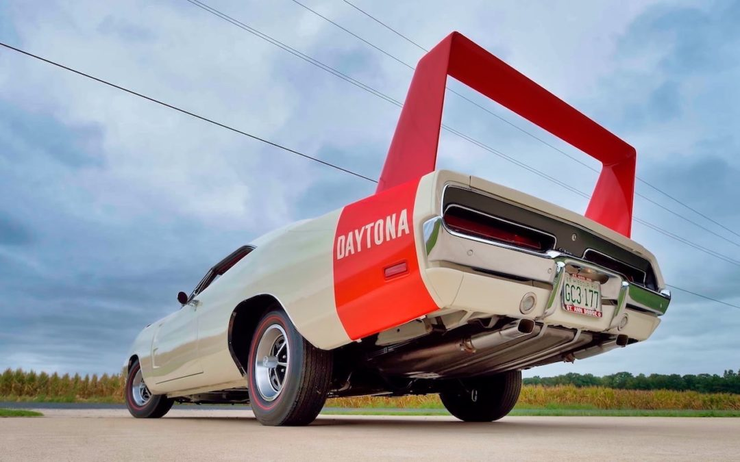 '69 Dodge Charger Daytona… Simplement Deeeuuuuuuux !