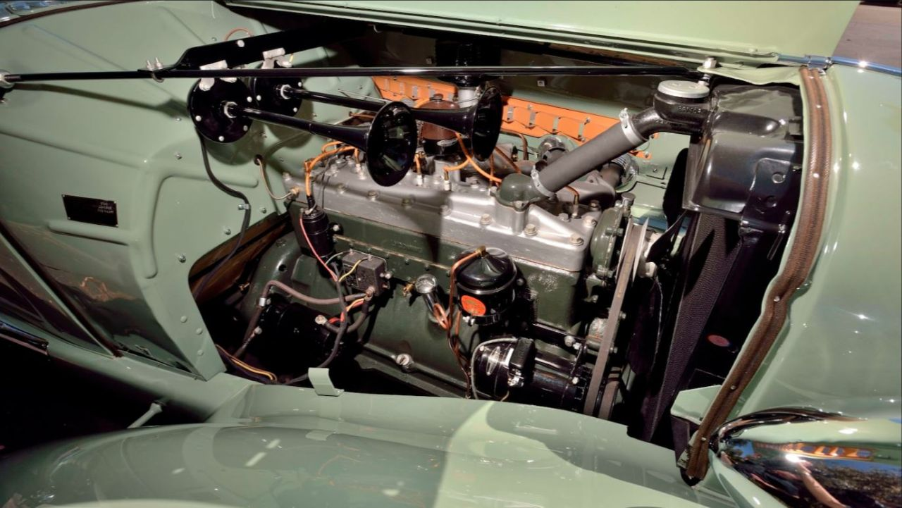 Auburn 851 SC Boattail Speedster de 1935 - Avec un nom pareil... 8
