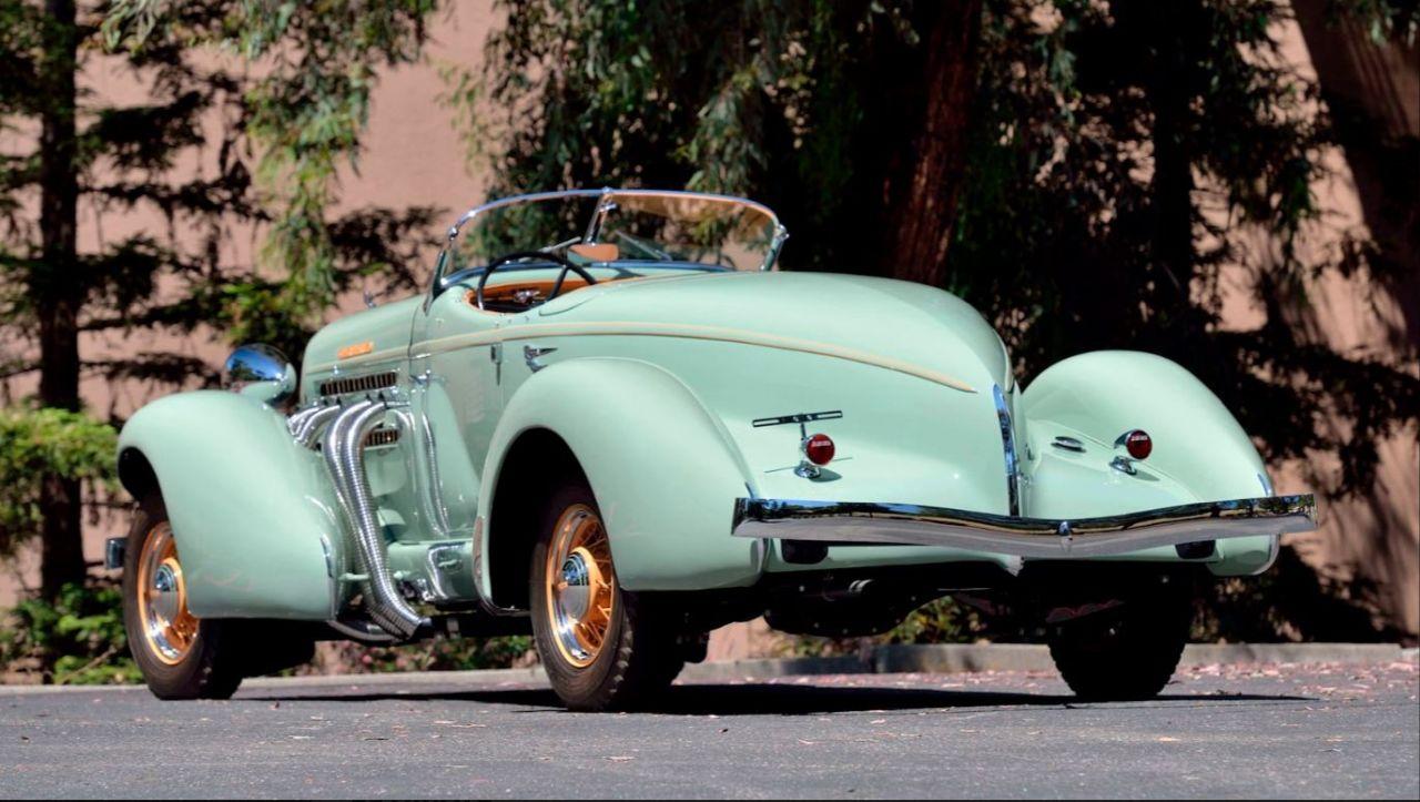 Auburn 851 SC Boattail Speedster de 1935 - Avec un nom pareil... 1
