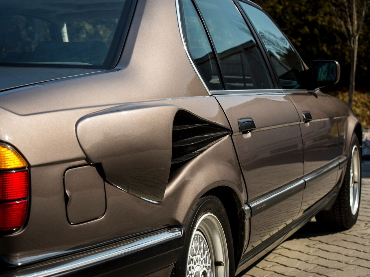 BMW 750iL V16 de 1987 - Une mémoire de poisson rouge ! 26
