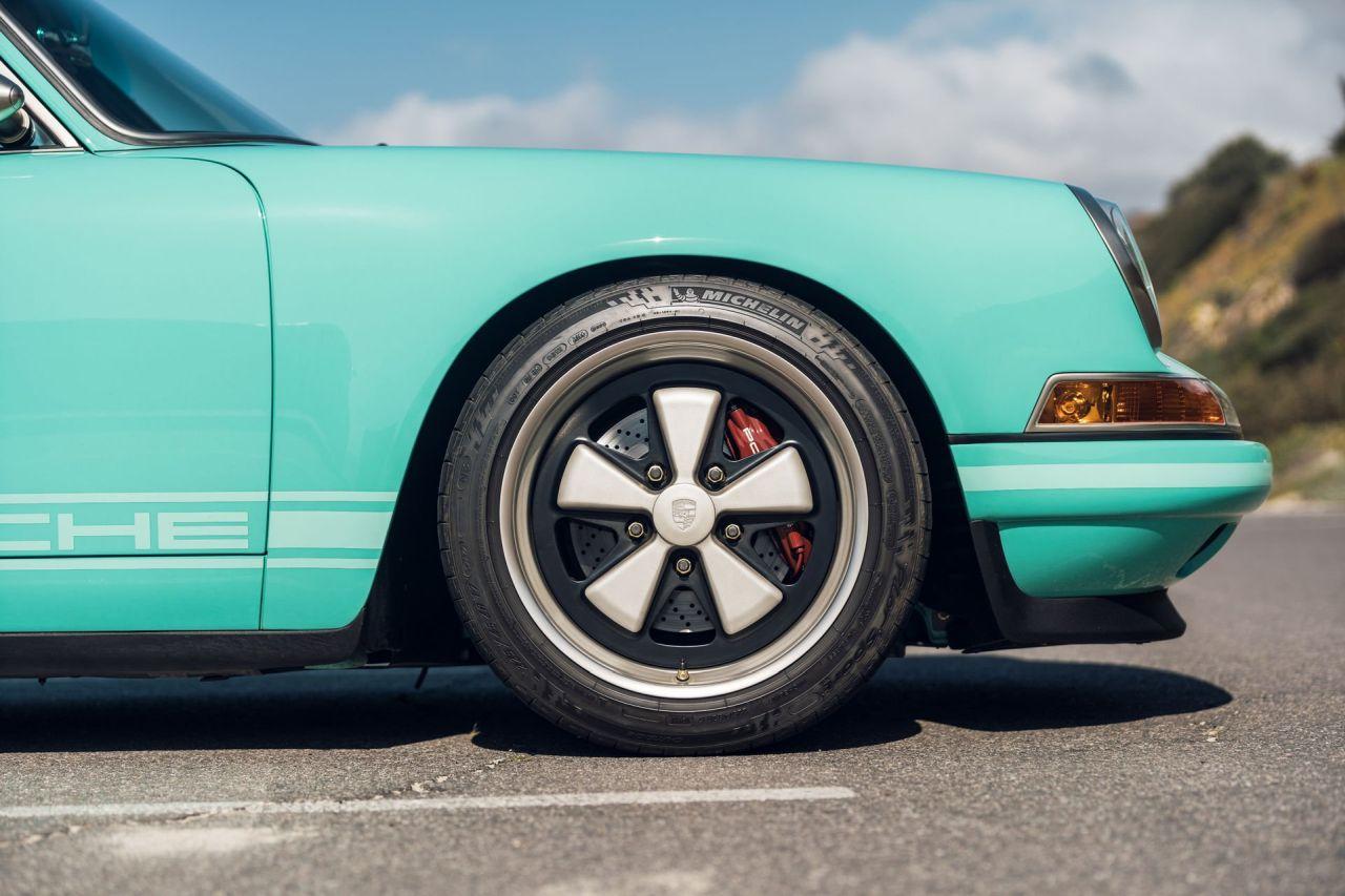 Porsche 911 by Singer - Des patates et du beurre... 3