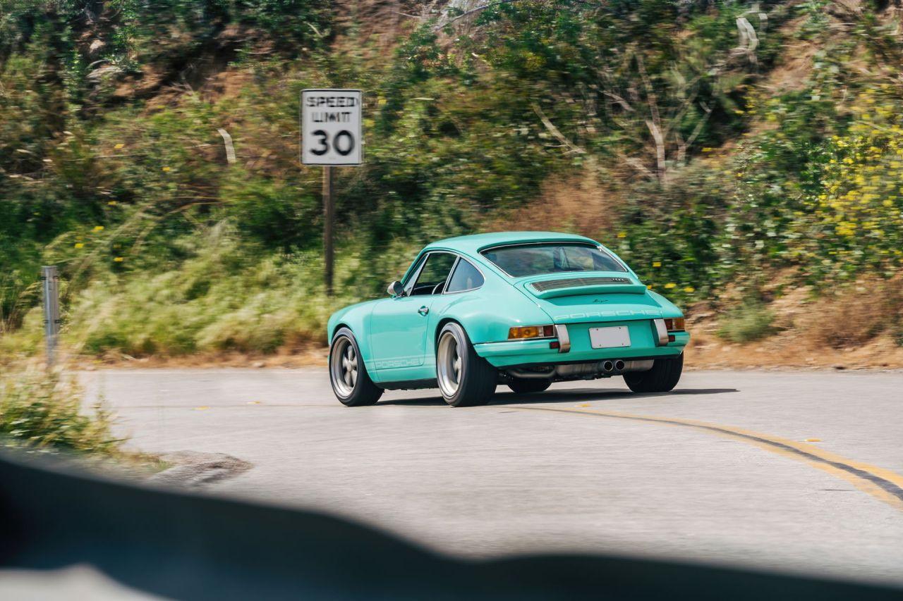 Porsche 911 by Singer - Des patates et du beurre... 5
