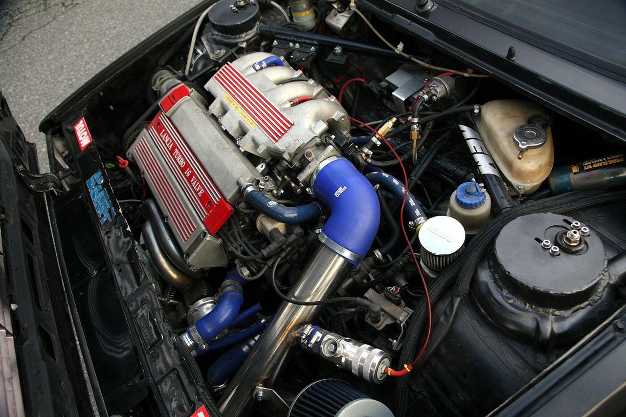 Lancia Delta HF Integrale 16V - Larme de guerre 8