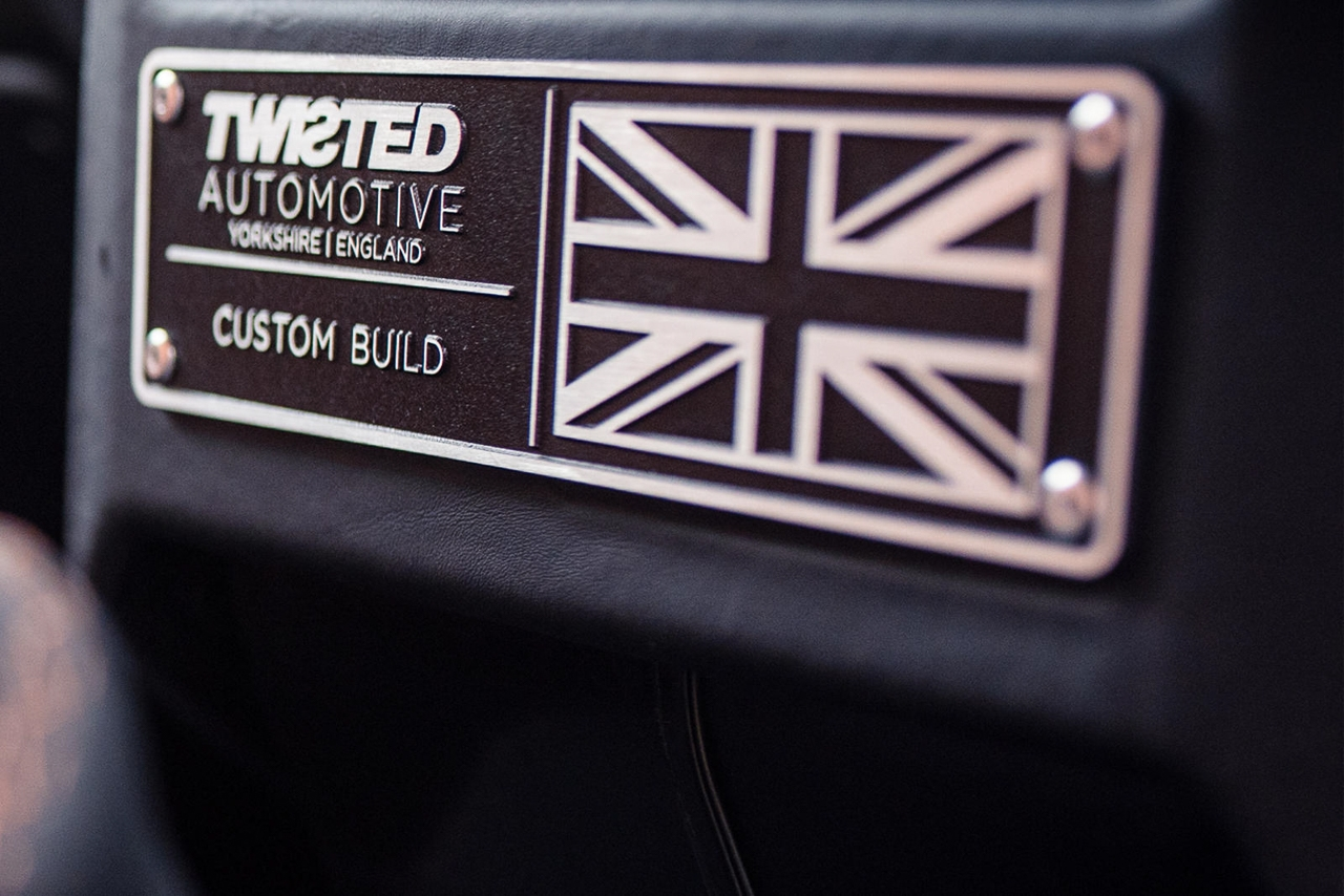 Twisted Land Rover Defender - Un cube de 650 ch 8