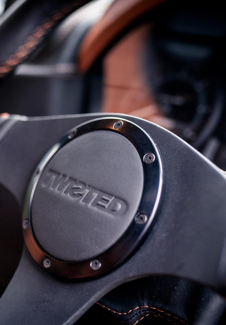 Twisted Land Rover Defender - Un cube de 650 ch 5