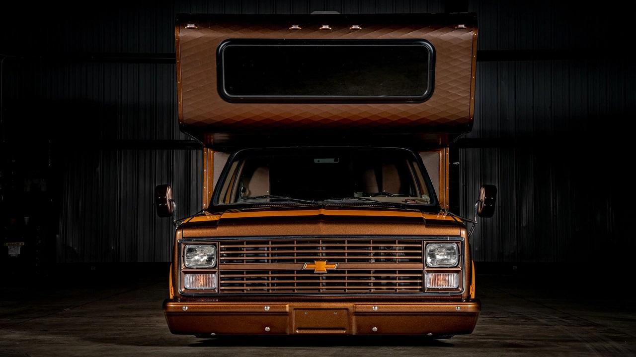 Chevy C30 Camper - Brown Sugar pour les vacances ! 28