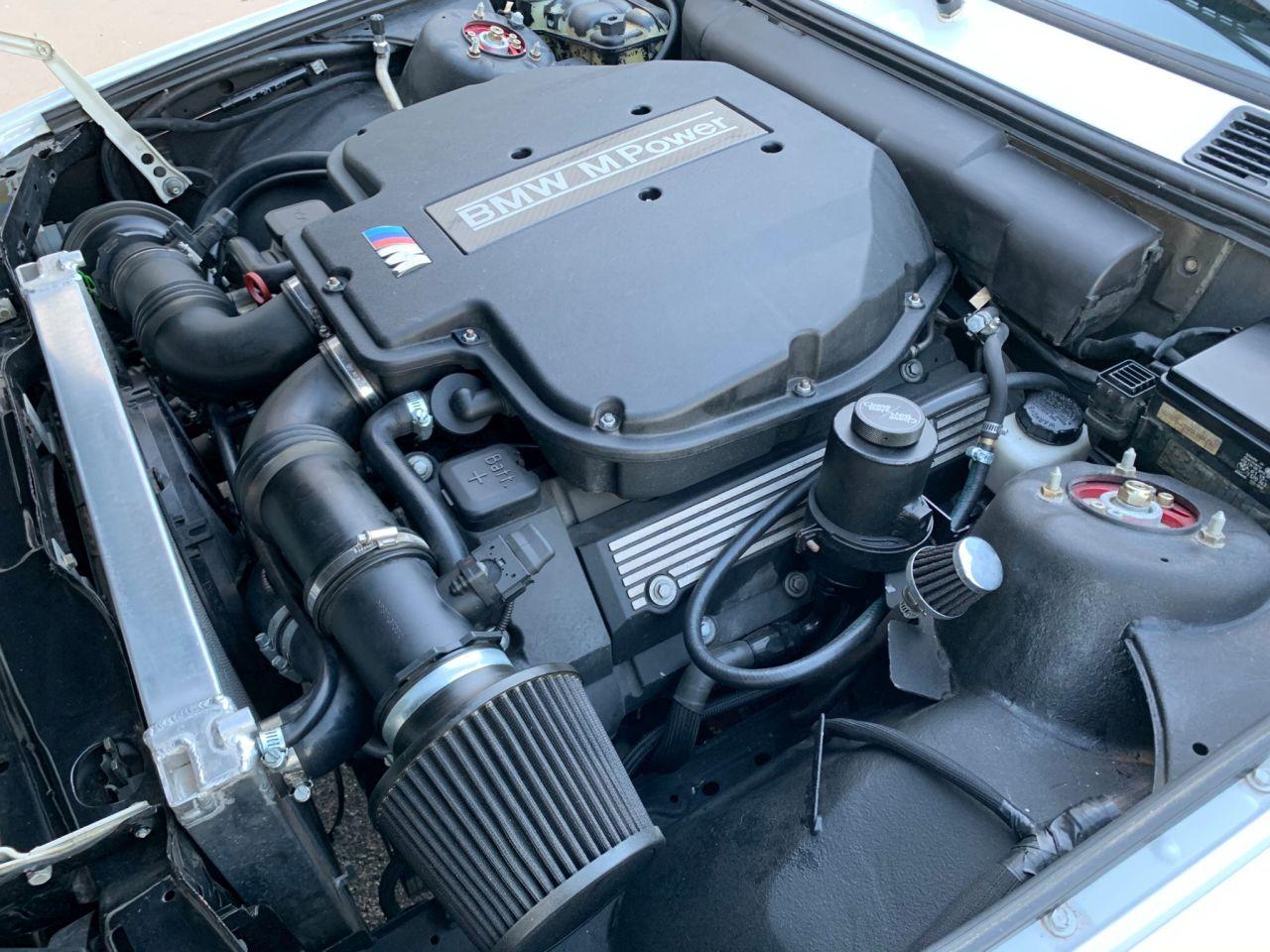 BMW 325i en S62 - Parce que 8, c'est mieux que 6 ! 10