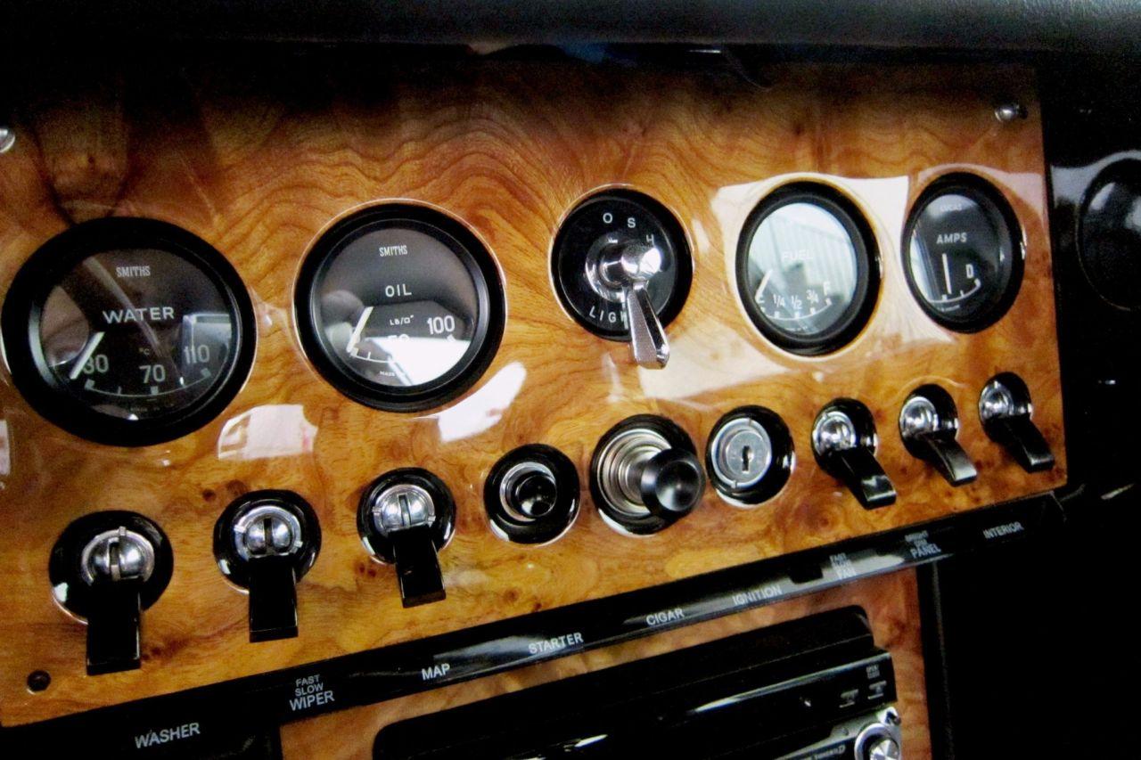 '64 Jaguar Type E... V8 ! - My name is Donald, Mac Donald 23