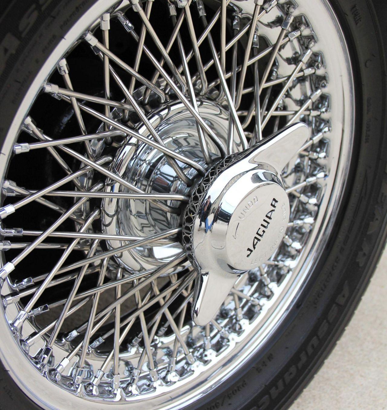 '64 Jaguar Type E... V8 ! - My name is Donald, Mac Donald 24