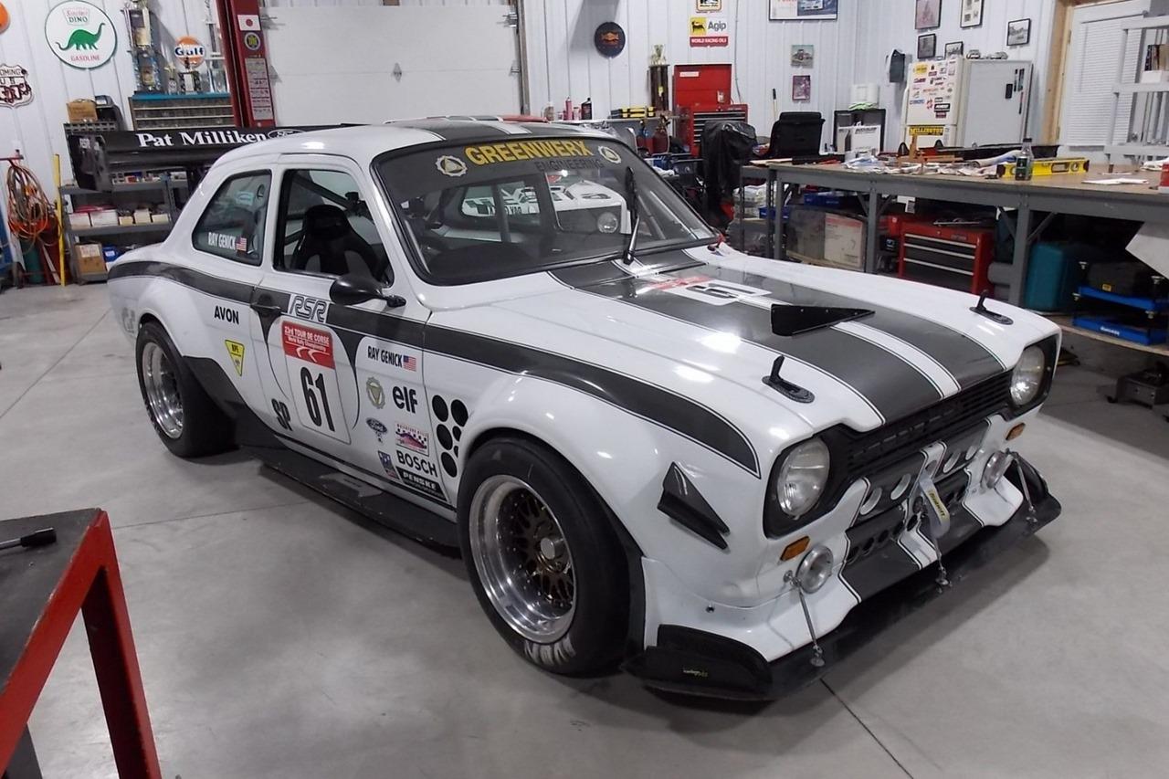 Ford Escort Mk1 : V8 Mystère 1