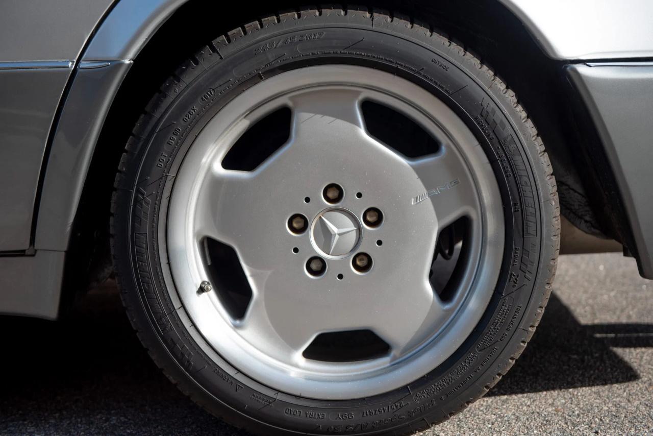 '94 Mercedes E500 RENNtech 6.0 : Vous reprendrez bien un peu de cylindrée ? 11