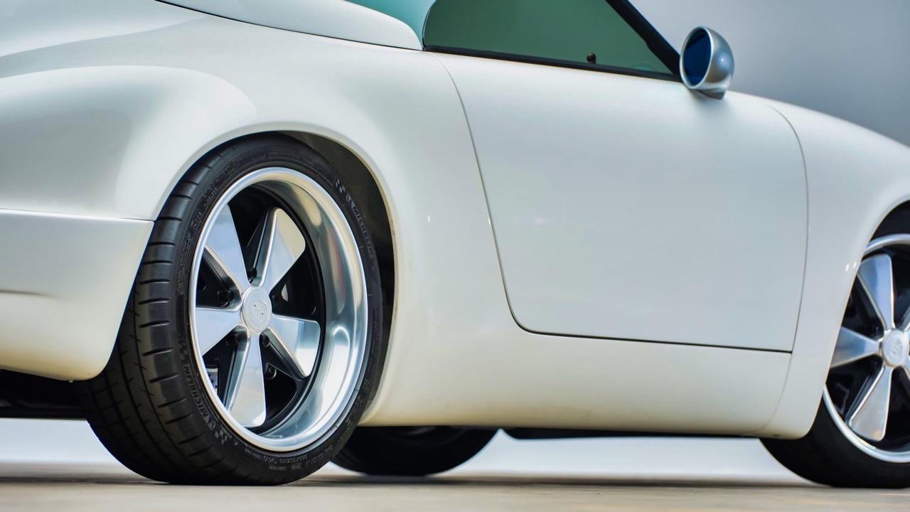 Hier, Porsche 911 SC Targa et aujourd'hui, Speedster 3.6 l ! 6