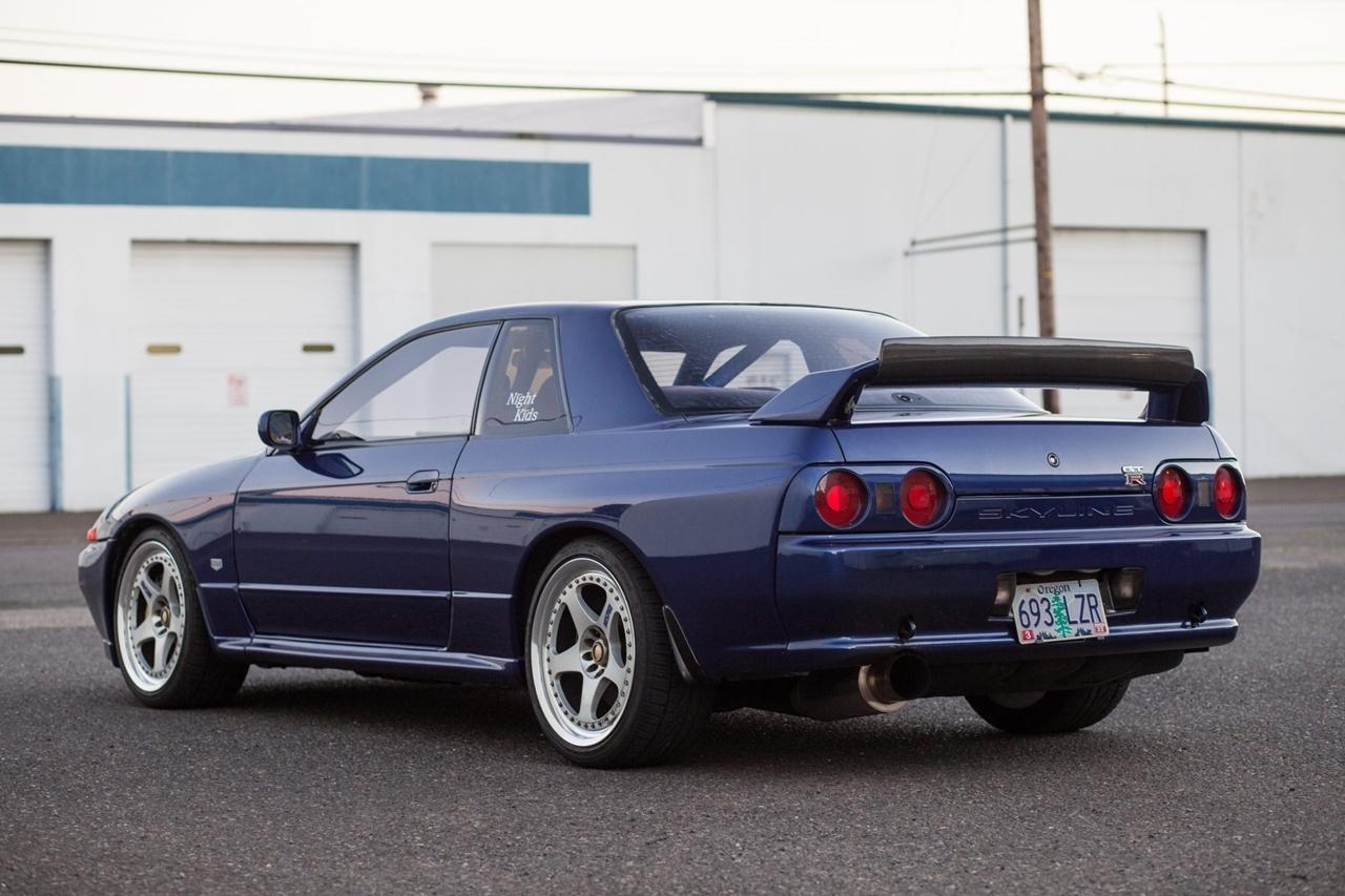 Nissan Skyline R32 GT-R : Blue Godzilla 25