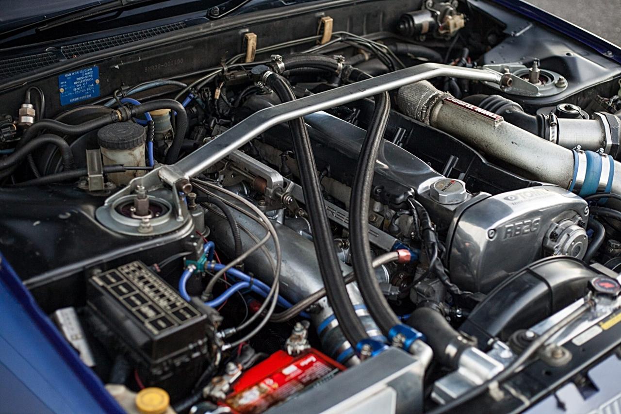 Nissan Skyline R32 GT-R : Blue Godzilla 24
