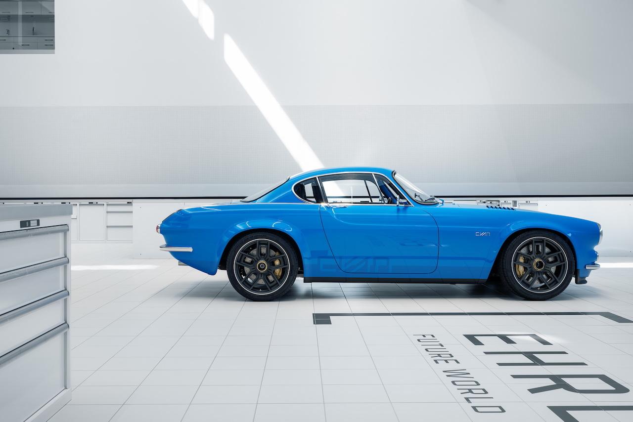 Volvo P1800 Cyan Racing - J'suis bleu, j'suis métal ! 13