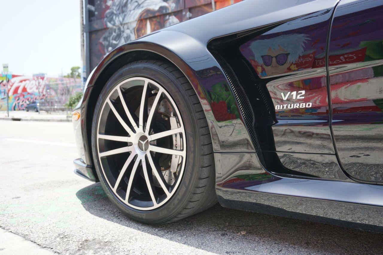 Mercedes SL 65 AMG Black Series - Noir c'est noir ! 8