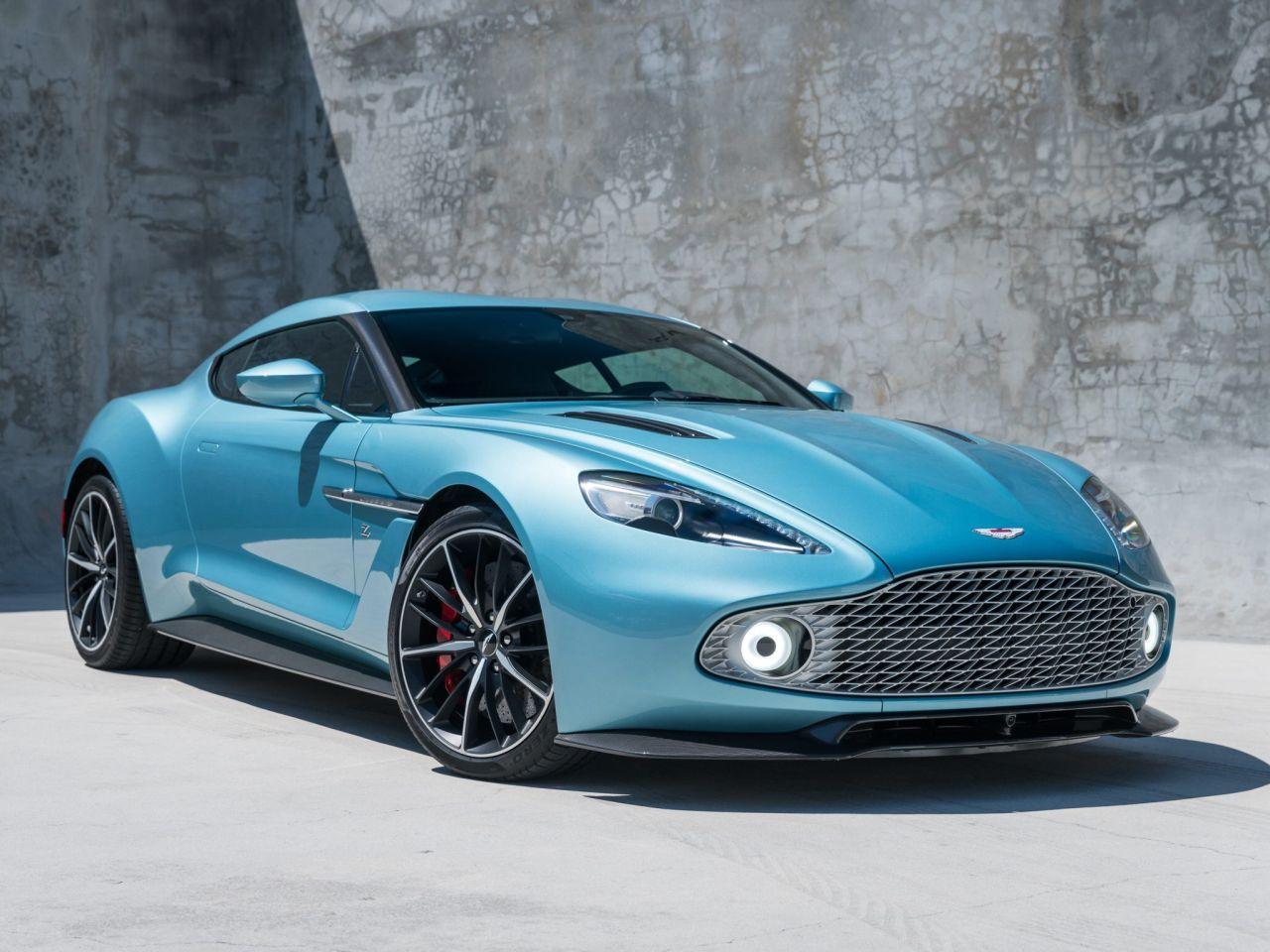 Aston Martin Vanquish By Zagato - Lady Signorina 17
