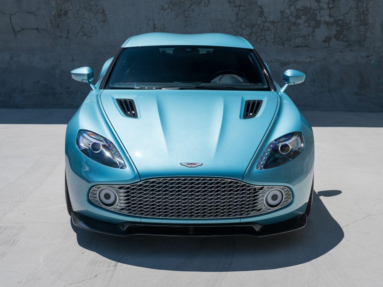 Aston Martin Vanquish By Zagato - Lady Signorina 21