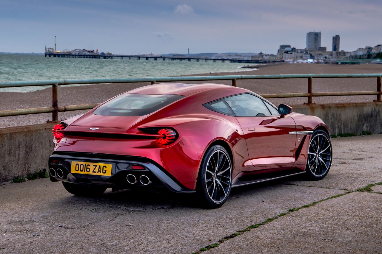 Aston Martin Vanquish By Zagato - Lady Signorina 9