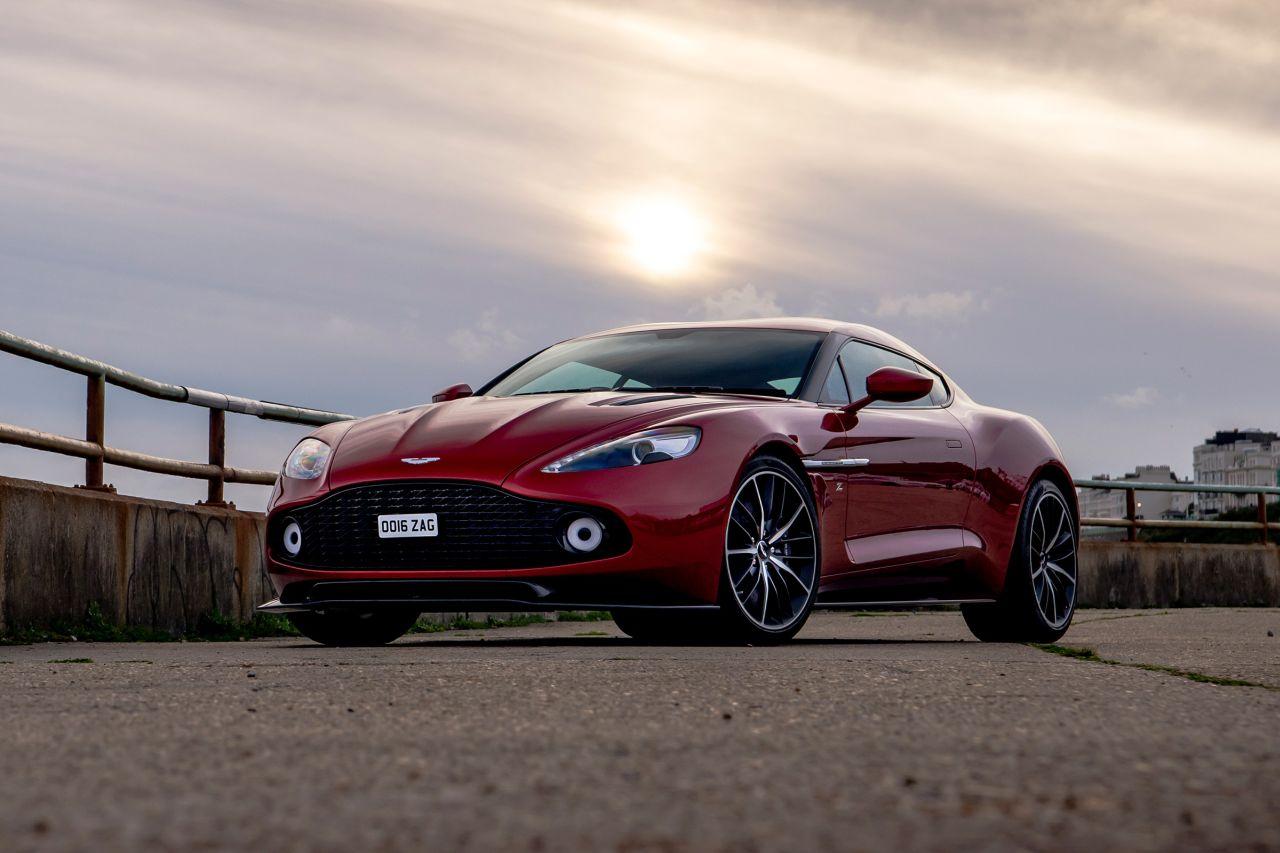Aston Martin Vanquish By Zagato - Lady Signorina 15