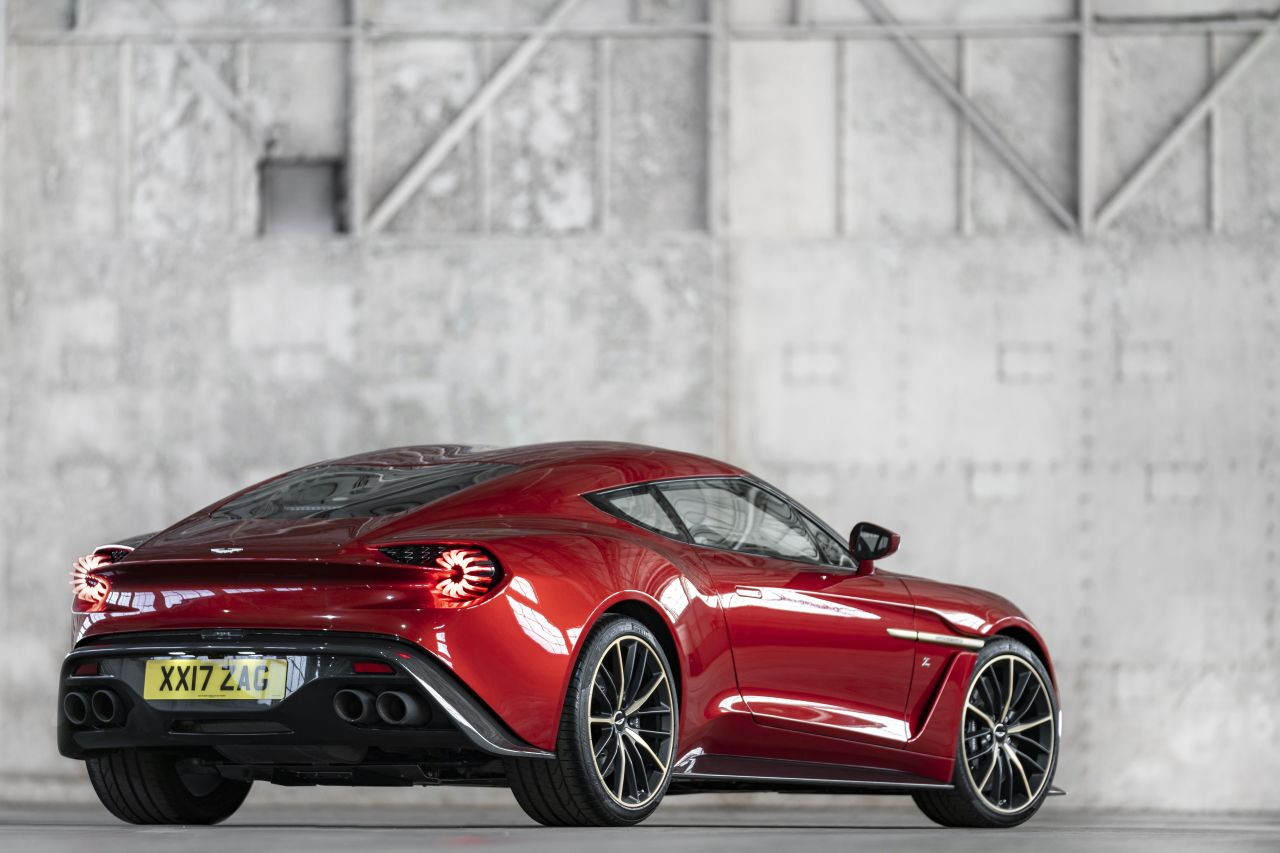 Aston Martin Vanquish By Zagato - Lady Signorina 20