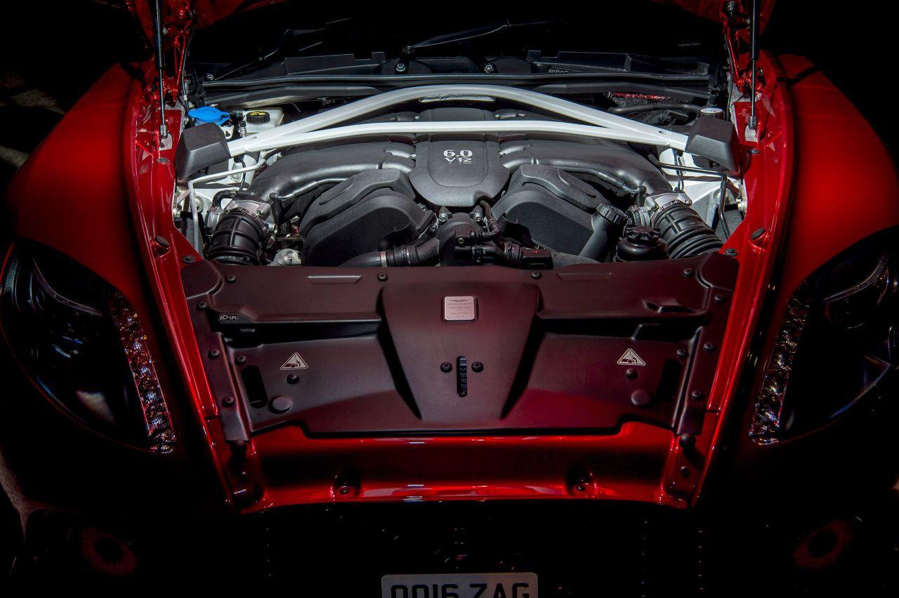 Aston Martin Vanquish By Zagato - Lady Signorina 10