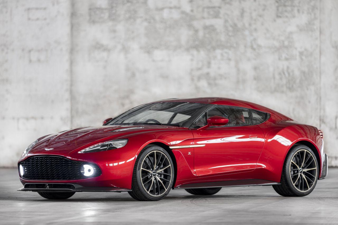 Aston Martin Vanquish By Zagato - Lady Signorina 11